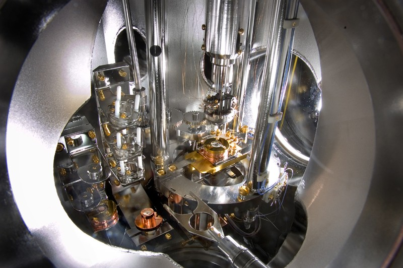 An atomic force/scanning tunneling microscope, an instrument capable of imaging material surfaces with atomic resolution.