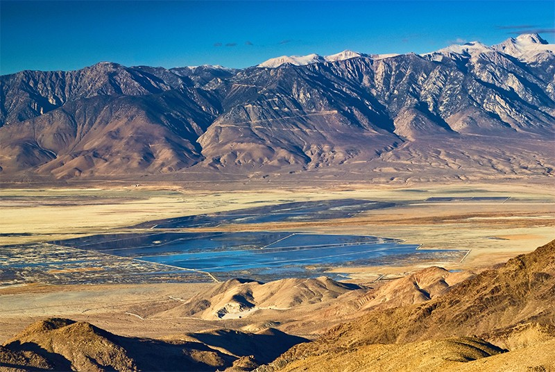 A view across Owens Valley and Owens Lake from the Cerro Gordo Road.