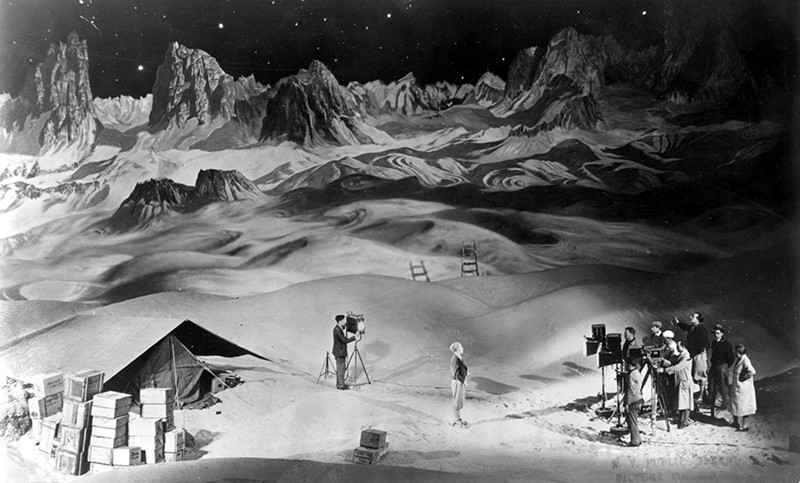 Woman in The Moon (aka Frau Im Mond) with director Fritz Lang on set, 1929