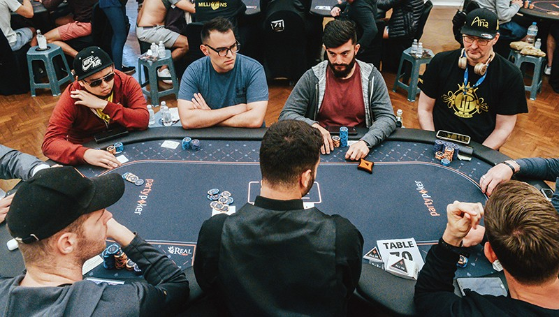 No Limit Ai Poker Bot Is First To Beat Professionals At Multiplayer Game