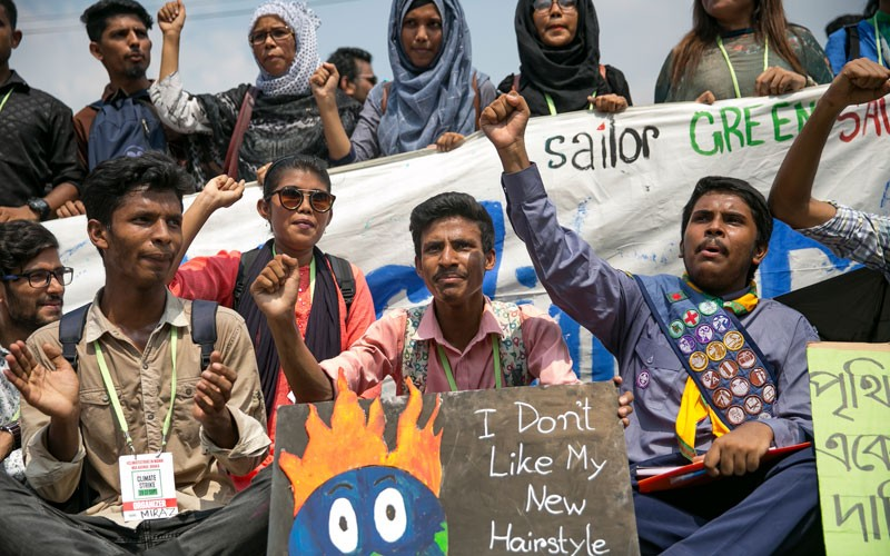 School students and protesters during a climate strike rally on September 20, 2019 in Bangladesh.