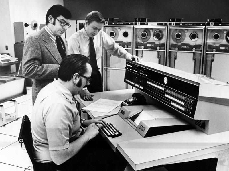 Officials at the main console of Univac 1108, 1972.