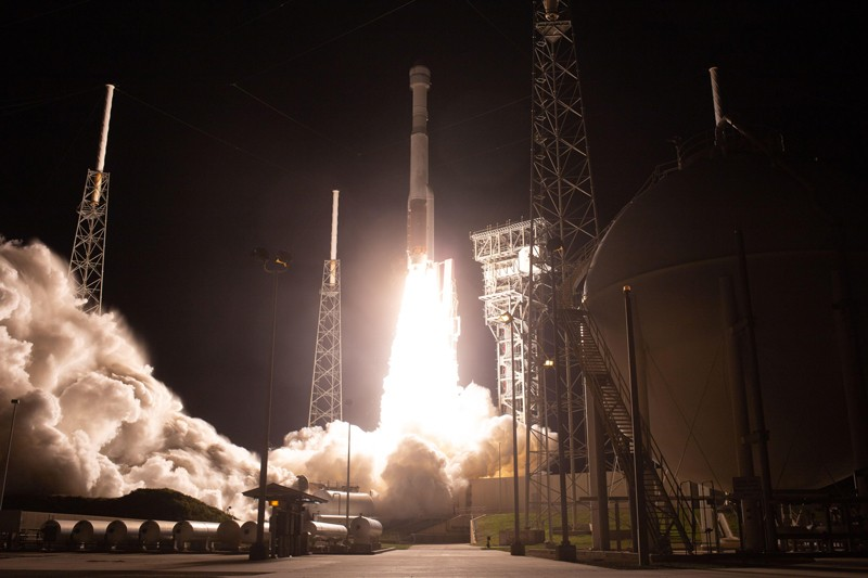 A United Launch Alliance Atlas V rocket with Boeing's CST-100 Starliner spacecraft launches from Space Launch Complex 41