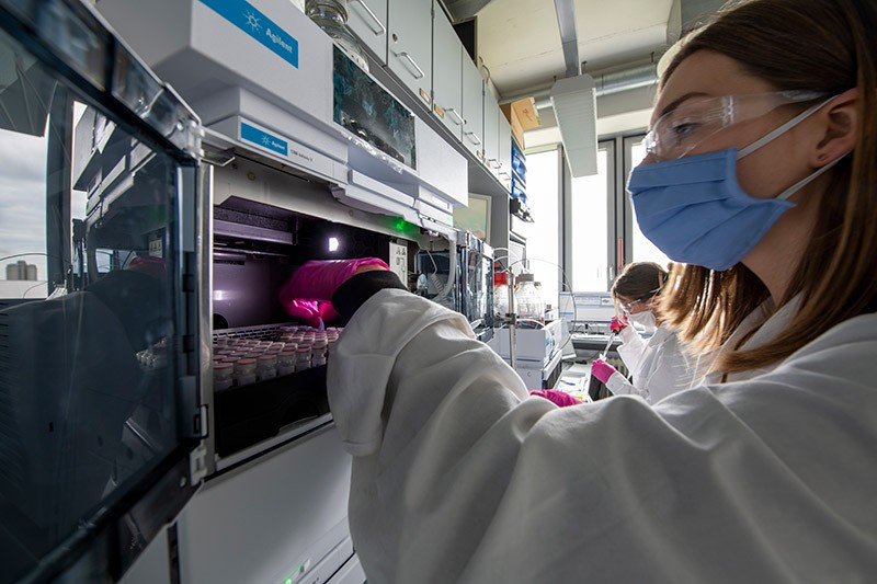 Researchers at work in Thomas Carell's lab at Ludwig Maximilian University of Munich