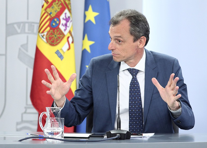 The Spanish Science Minister, Pedro Duque, at a press conference