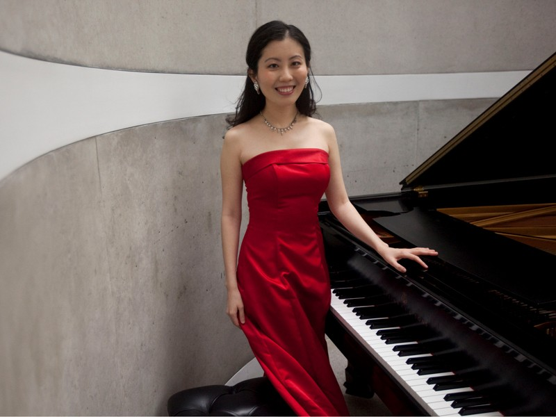 Psychologist Chia-Jung Tsay, pictured here at the piano.