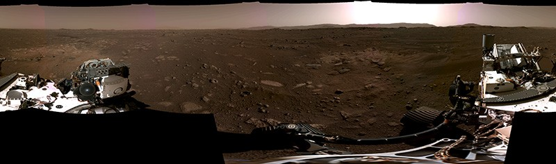 This panorama composed of six photos by the Navcams aboard NASA's Perseverance Mars rover