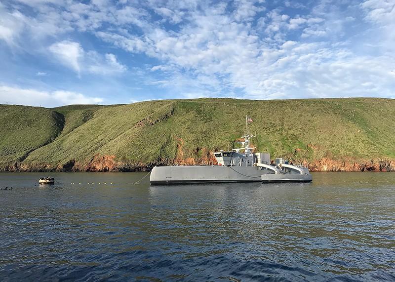 Sea Hunter, tamamen yeni bir insansız deniz yüzey aracı sınıfıdır