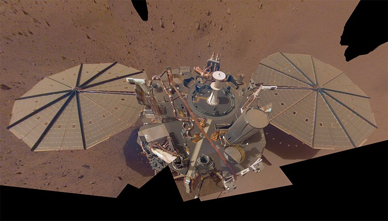 Secondo selfie completo di NASA Insight su Marte