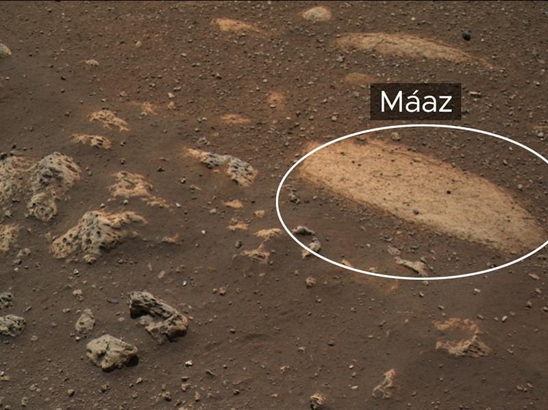 La roca Moaz es la primera característica científica en ser estudiada por la sonda de Marte de la NASA.