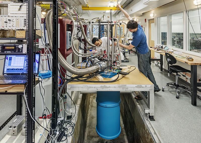 Equipment to perform experiments to find Majorana signals