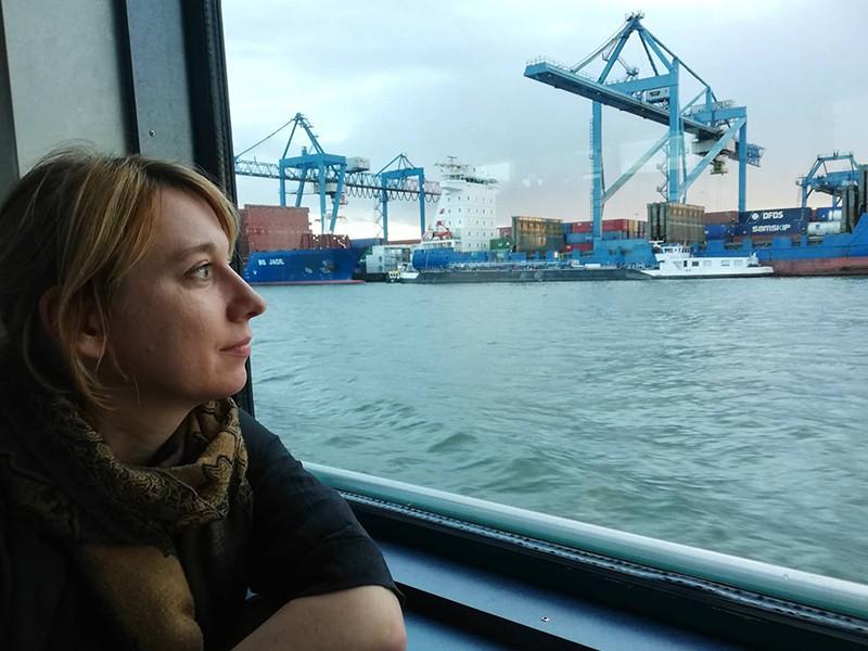 Elisabeth Schober at a Port.