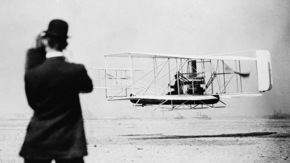First flight of ion-drive aircraft