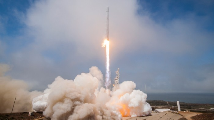 Falcon 9 launches the FORMOSAT-5 satellite