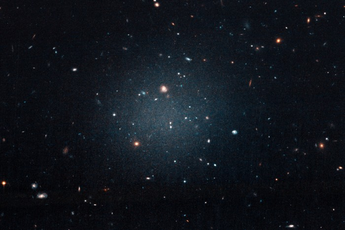 Hubble telescope image of galaxy NGC 1052-DF2