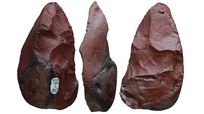 Micoquian stone tool (9.5 cm long) used as a meat knife by Neanderthals at Chagyrskaya Cave.