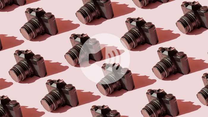Repeating pattern of old cameras on a pink background with an overlaid audio icon