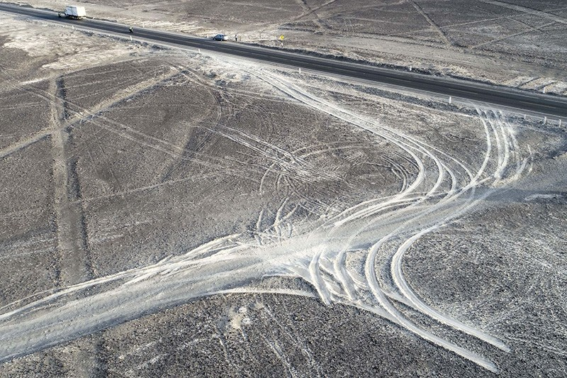 Damage to Nazca lines in Peru