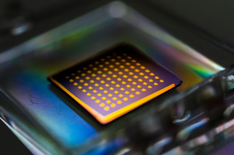 How 2D semiconductors could extend Moore's law